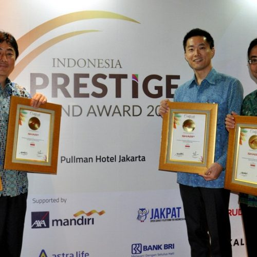 Sharp Raih 4 Penghargaan Indonesia Prestige Brand Award 2017